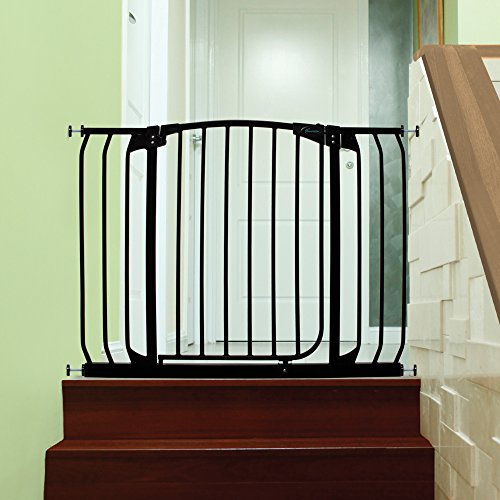 Dreambaby Chelsea Extra Wide Auto Close Security Gate in Black